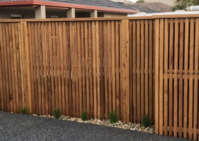 timber fence with capping
